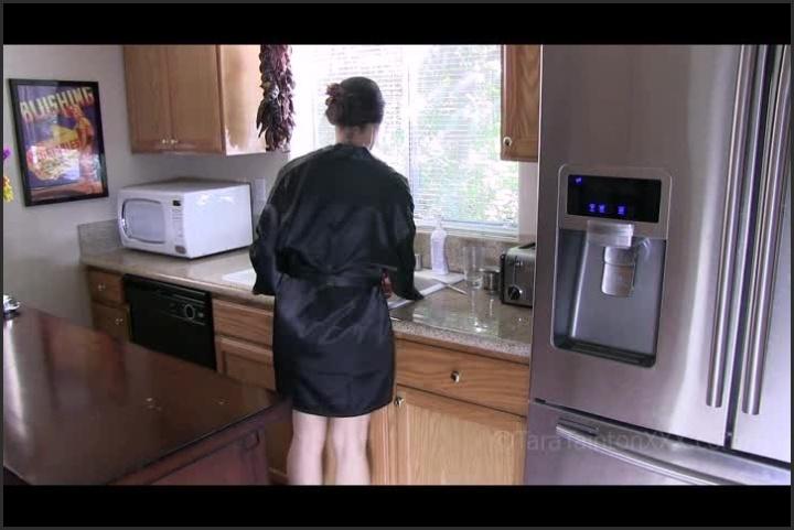 tara tainton making your breakfast making you come hard – Tara Tainton – clips4sale – Tara Tainton, Down Blouse
