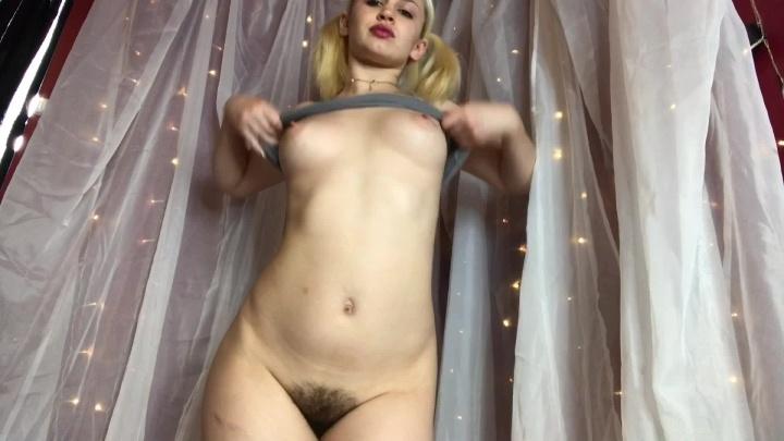 Striptease – Marilyn Mae - Marilyn Mae, Strip Tease