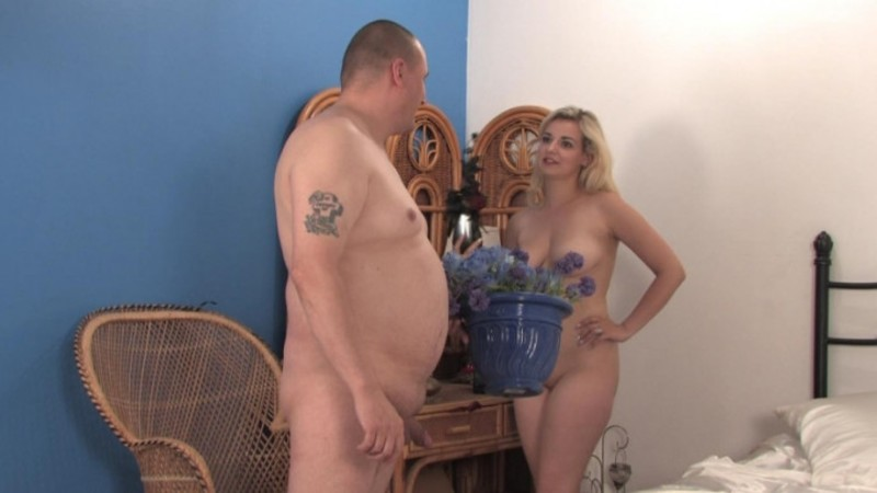 beefybanger dolly do you like my flowers view 1 – BeefyBanger – Nudists, Curvy