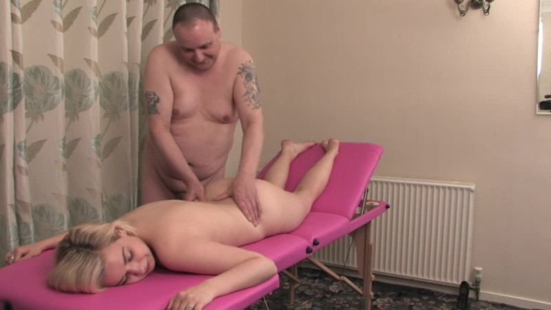 beefybanger dollys new massage table view 2 – BeefyBanger – Nudity/Naked, Nudists
